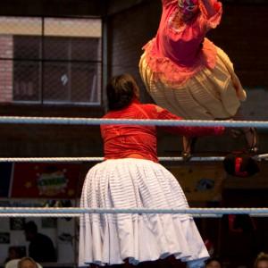 022719-bolivia-women-wrestlers-17